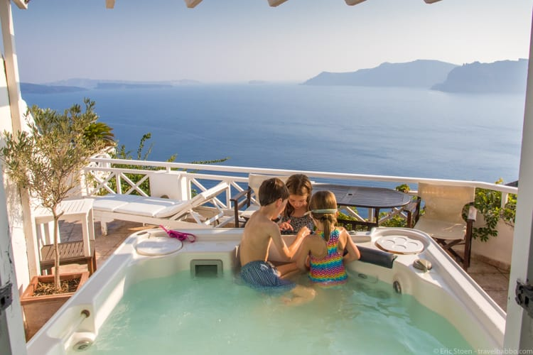 Day trip to Santorini - Enjoying the hot tub at Alexander's Boutique Hotel in Oia
