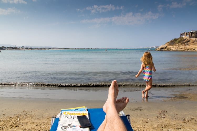Naxos with kids: Playing and relaxing at St. George Beach