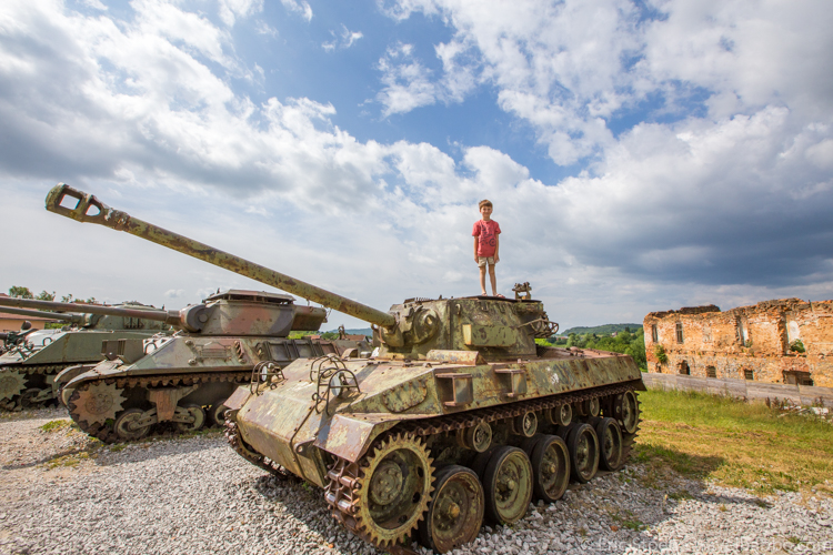 Croatia with kids - At the Turanj Open Air War Museum