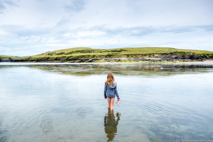 Things to do in Kinsale: Walking out to Sandycove Island at low tide