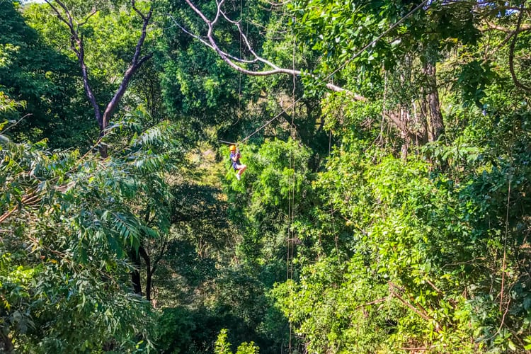 Costa Rica with Kids: My daughter zip-lining