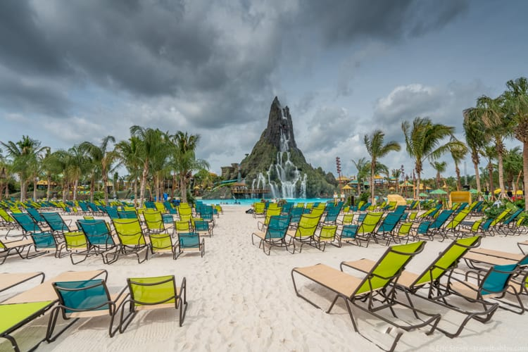 Volcano Bay: Beach chairs with Krakatau Volcano in the distance