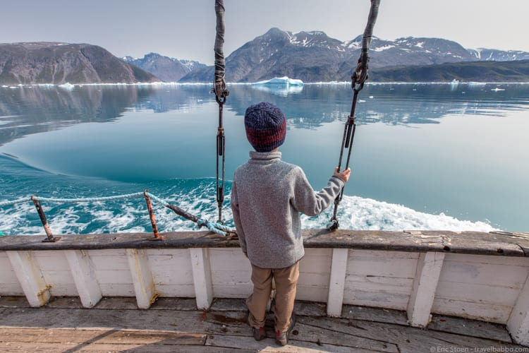 Greenland with kids - On the boat to Itilleq