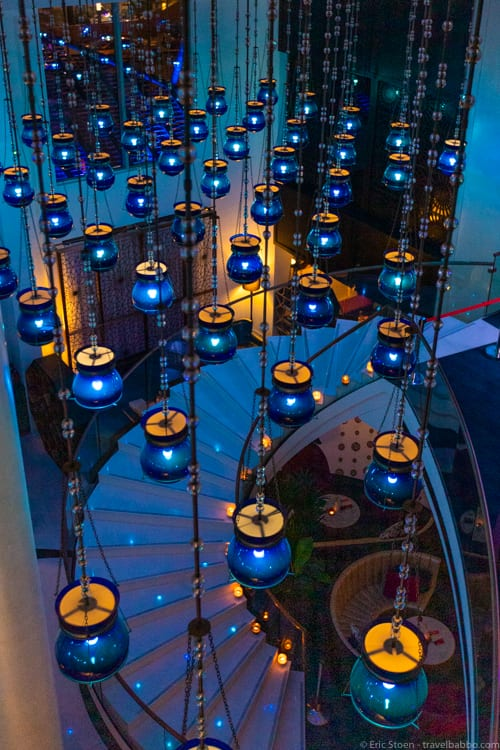 Things to do in Qatar - The lights at the W Doha