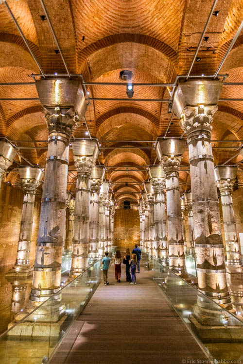 Istanbul with Kids - In the Şerefiye Cistern