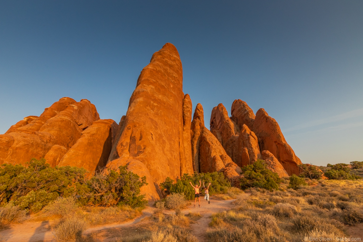 Arches National Park with Kids: Playing near Sand Dune Arch