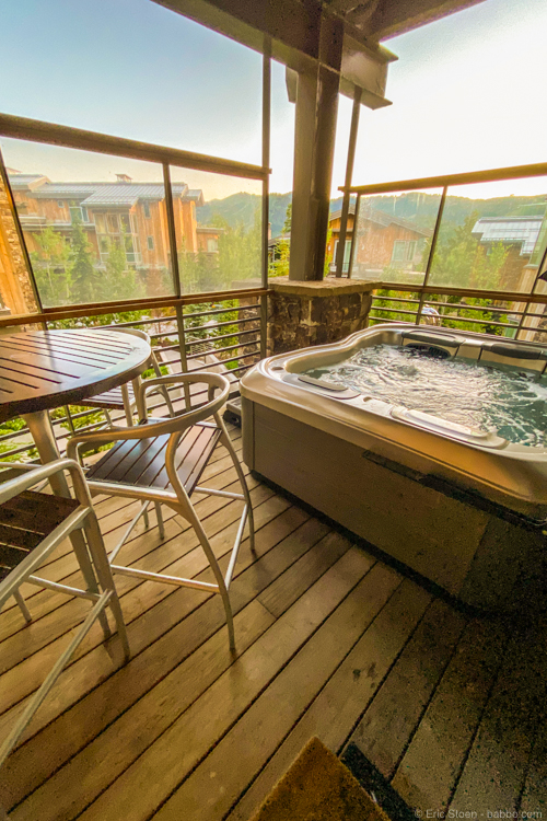Colorado road trip - Our private hot tub at Stein Eriksen Residences